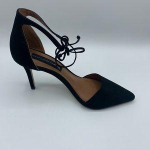 Steve Madden Struts blacl point heel ankle strap